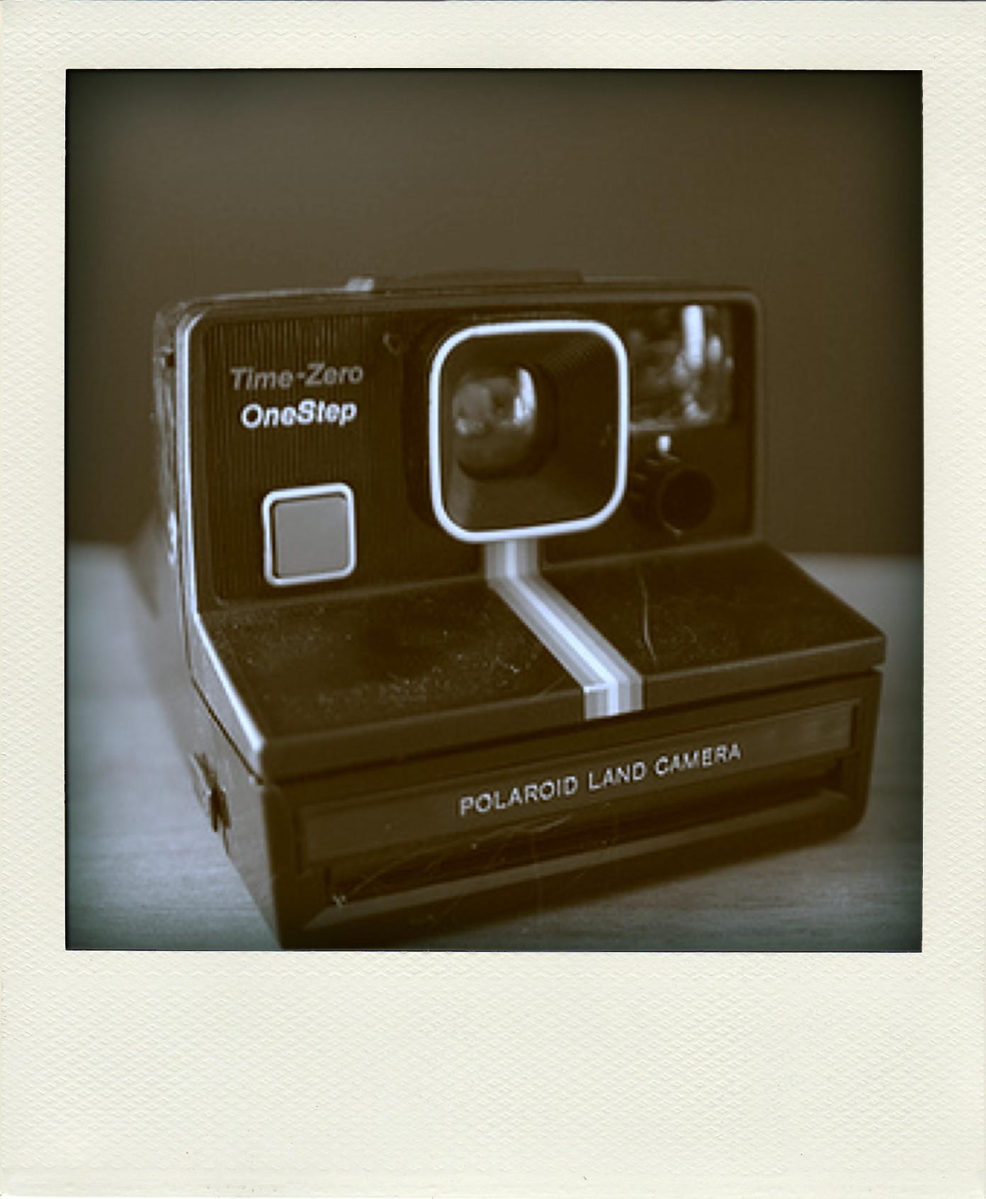 polaroidcamera-thumb-pola